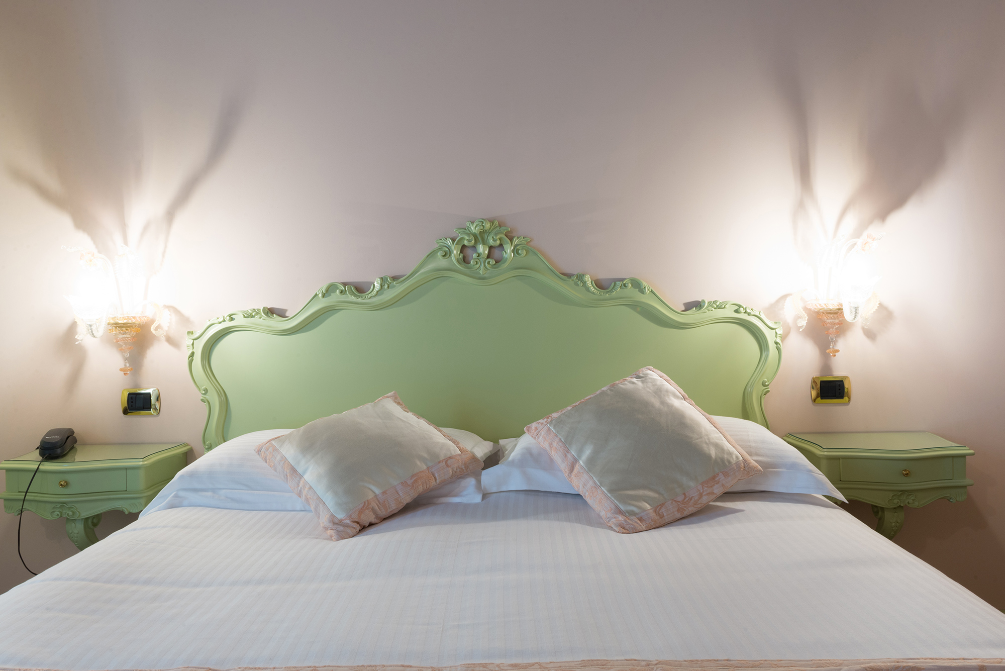 billige zimmer hotels mit garten brenta riviera venedig. Black Bedroom Furniture Sets. Home Design Ideas