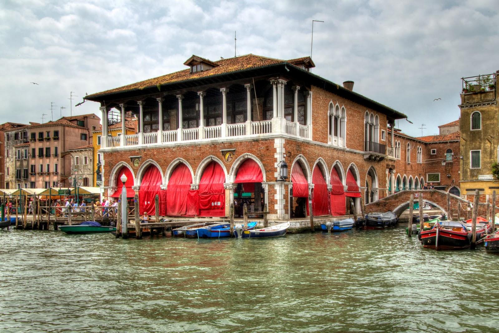 Idea weekend rialto venezia soggiorno e tour guidato for Soggiorno venezia