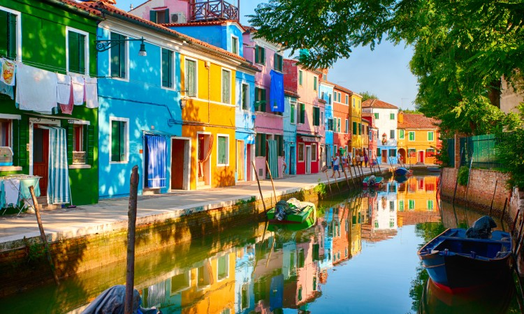 Pearls of the Lagoon: Murano, Burano & Torcello from Venice ...